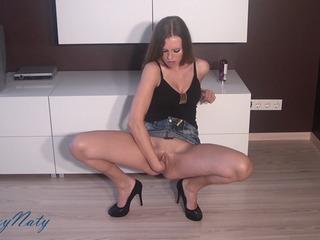 4fef6f2f in Pussy stretching